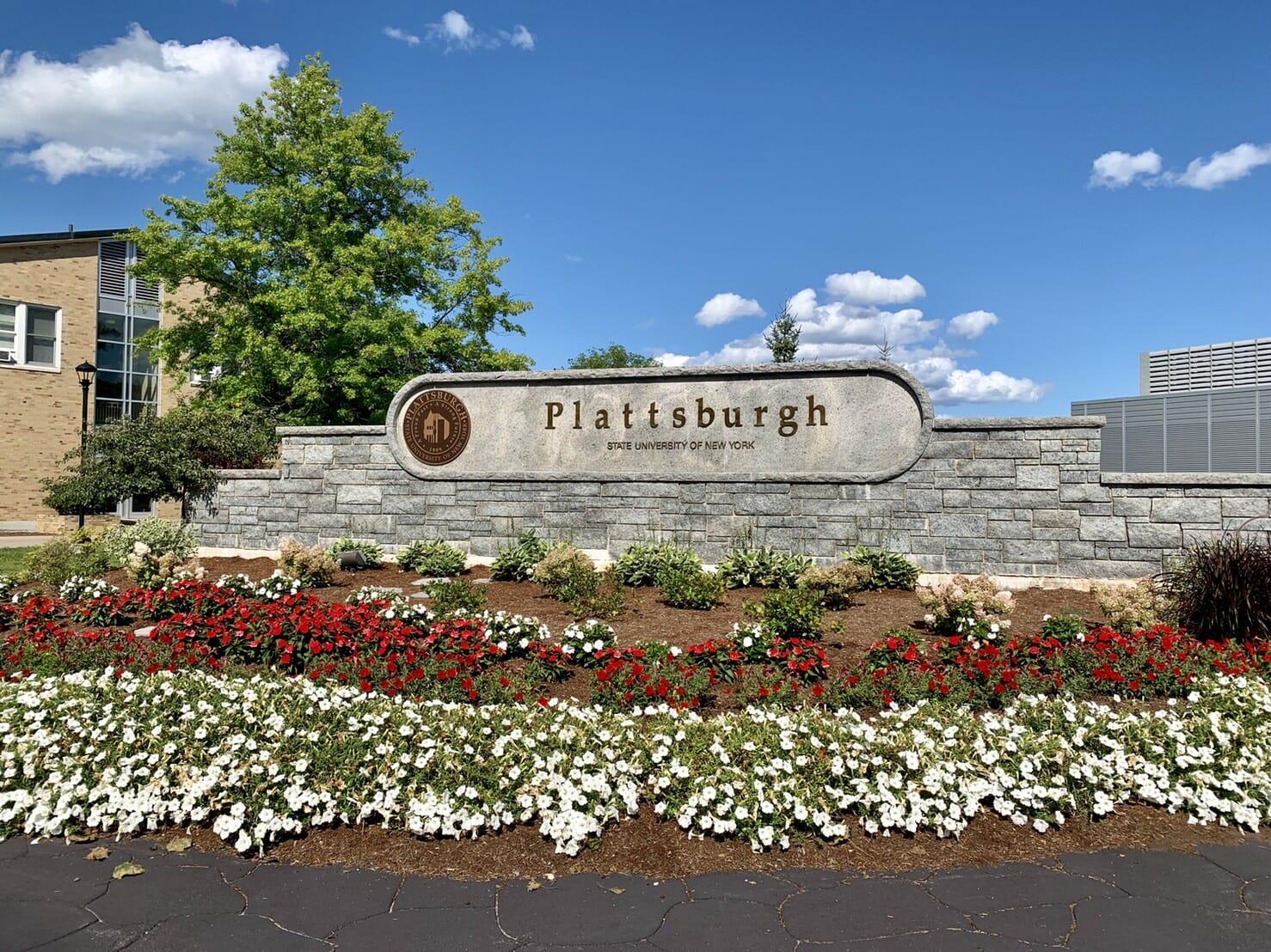 ニューヨーク州立大学 プラッツバーグ校に正規留学している私が学校を紹介
